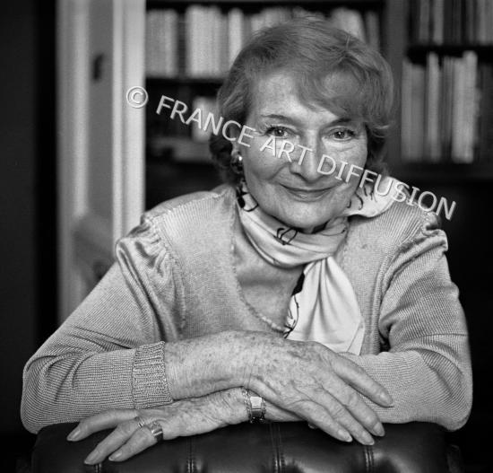 16 derniere photo de eliane bonabel en 1998 par le photographe joseph taglioni 2 copier